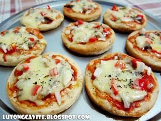 Cheesy Spanish Sardines Wheat Pizza Minis